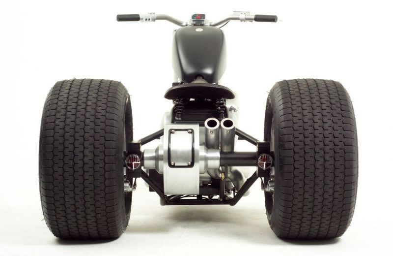 Black-Pearl-Trike-3